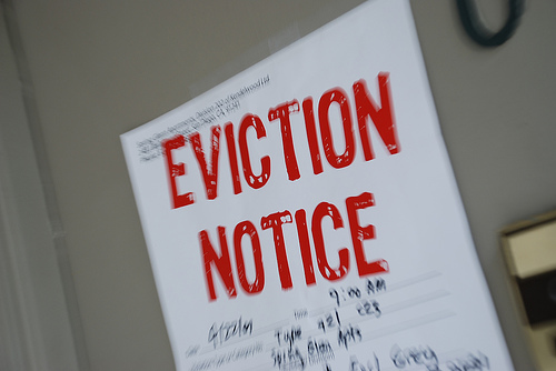 How to Fight an Eviction in Massachusetts:  Tenants' Guide to Staying in Their Homes